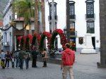 Straßen in vollem Weihnachtsornat